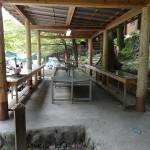 氷川キャンプ場 炊事場は使いやすく清潔。