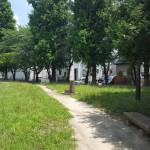 関公園 小道