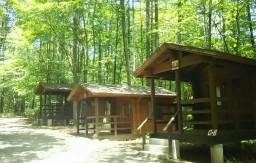 森と水のテーマパーク丘の公園コテージ