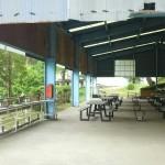 津原キャンプ場屋根付きバーベキュー場