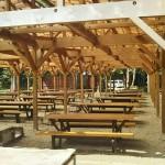 自然暮らし体験村清水国明の森と湖の楽園350人収容BBQ場